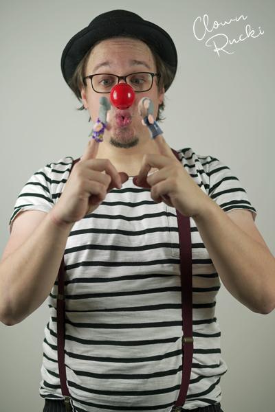Clown Klinikclown Rucki Kuss Fingerpuppe Oma Opa 01