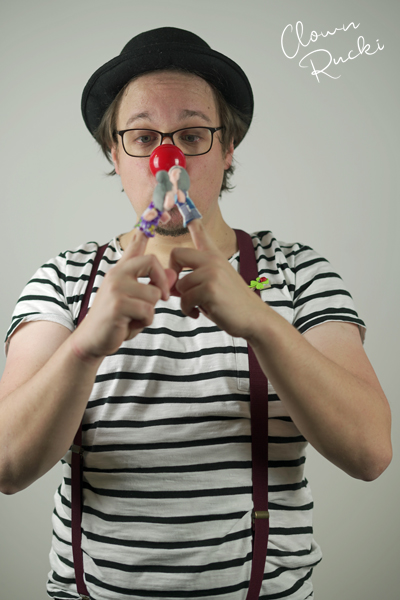 Clown Klinikclown Rucki Kuss Fingerpuppe Oma Opa 02