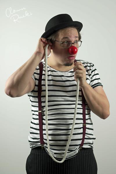Clown Klinikclown Rucki Zauberseil Telefon 01