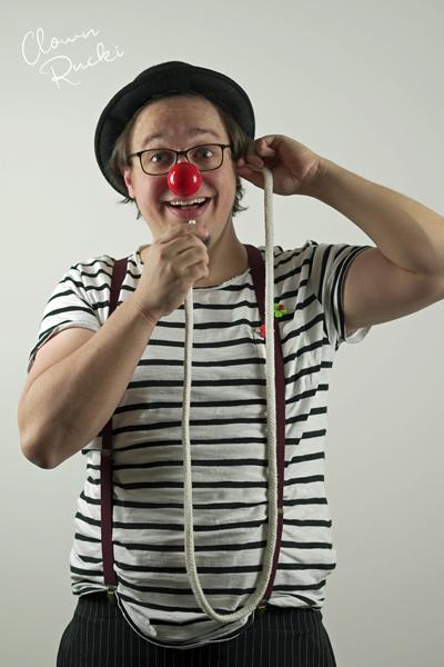Clown Klinikclown Rucki Zauberseil Telefon 03