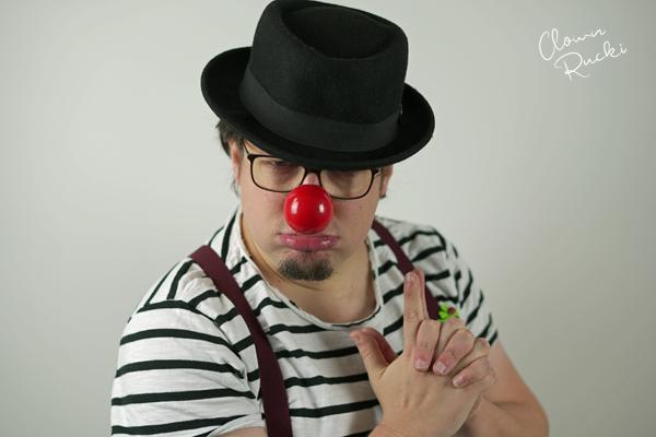Clown Klinikclown Rucki James Bond