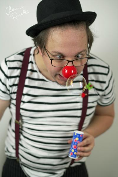 Clown Klinikclown Rucki Seifenblasen
